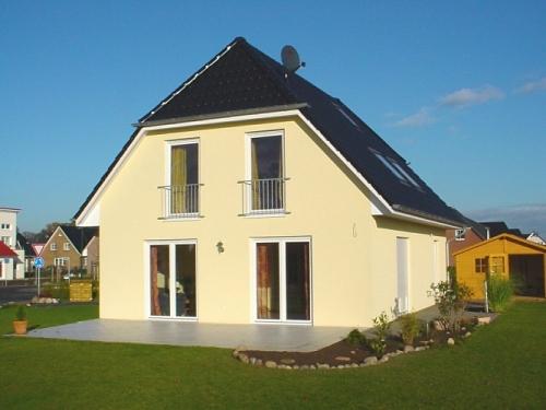 Tangstedt: Neubau eines klassischen Einfamilienhauses