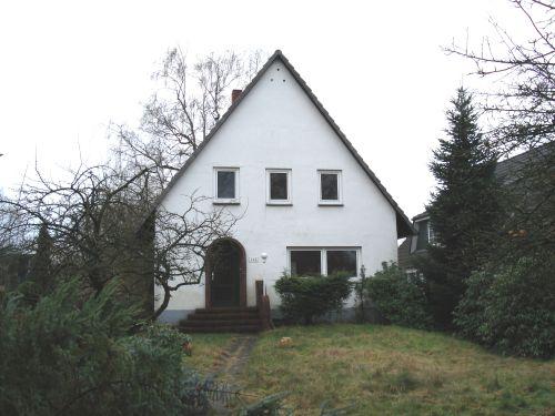 Hamburg-Sasel: Grundstücksteilung, Neubau + Verkauf Bestandsimmobilie