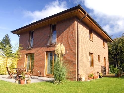 Hamburg-Sasel: Neubau eines eingeschossigen Toskana-Einfamilienhauses