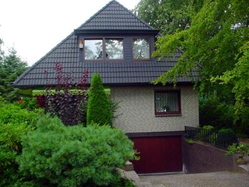 Hamburg-Duvenstedt: Vermittlung eines Einfamilienhauses