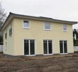 stadtvilla fertiggestellt und an die bauherren bergeben abel immobilien e k. Black Bedroom Furniture Sets. Home Design Ideas